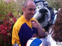 Caminata para la epilepsia: Magic Mike y Sparkee
